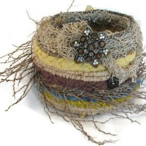 Small and dainty ghost netting basket