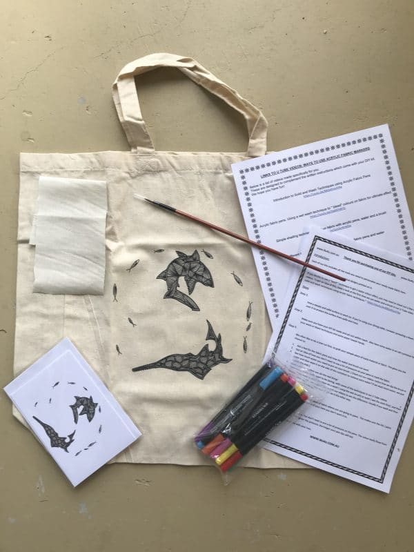 do it yourself coloring in kit with bag