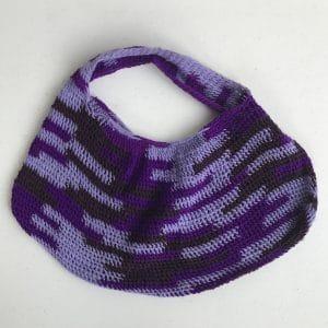 Hand woven bag in purple
