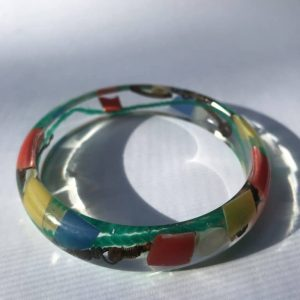 Dainty and Colourful Bangle from Marine Plastics